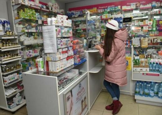 Коли в Україні заборонять продаж ліків дітям