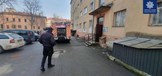 Зранку в Ужгороді горів будинок: мешканців евакуювали
