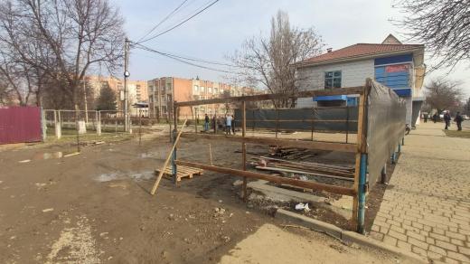 Будівельні роботи на вулиці Марії Заньковецької в Ужгороді зупинили