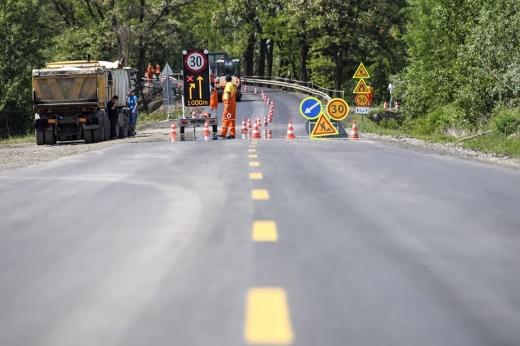 На Закарпатті цілодобово тривають ремонтні роботи автошляху М-25 (ВІДЕО)