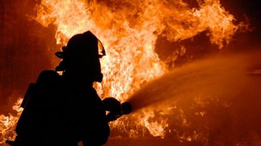 На Рахівщині під час пожежі в будинку виявили тіло людини