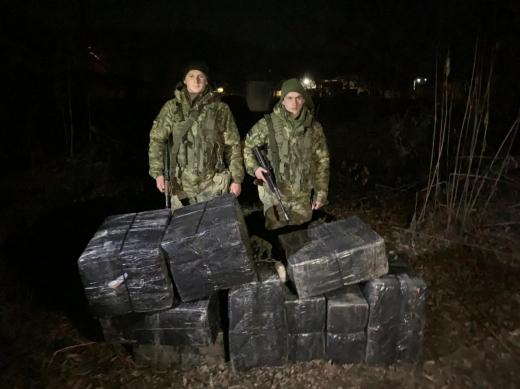 Дві нічні оборудки пачкарів зірвали закарпатські прикордонники