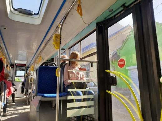 В Ужгороді міська комісія з ТЕБ та НС вирішує питання роботи громадського транспорту в умовах карантину