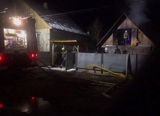 У Міжгір'ї пожежники запобігли загоранню житлового будинку