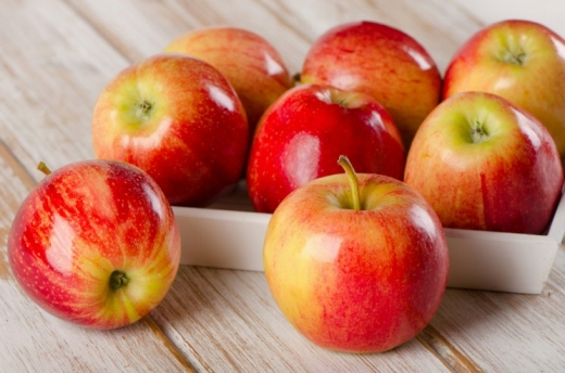 Користь і шкода яблук: Фус назвала цікаві факти