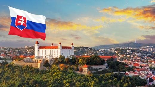 У Словаччині главу МОЗ тимчасово замінить міністр фінансів