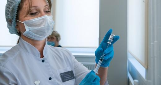 В Україні не фіксували жодного випадку тромбозу внаслідок вакцинації Covishield