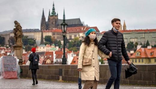 У Чехії карантин продовжать до Великодня