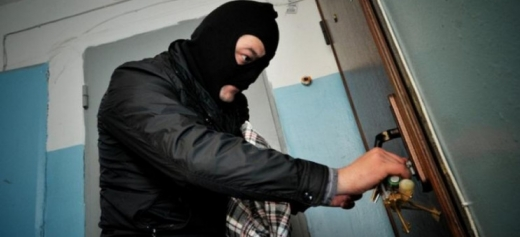 В Ужгороді жінка врятувала житло сусідки від злодіїв