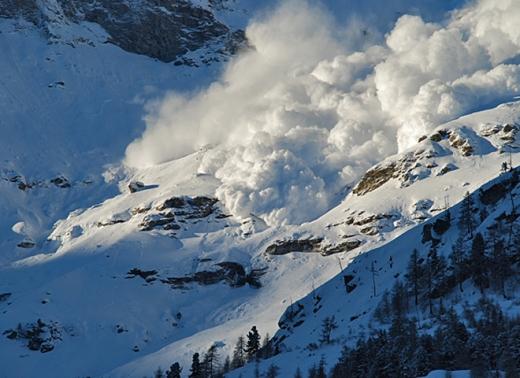 На Закарпатті зберігається сніголавинна небезпека