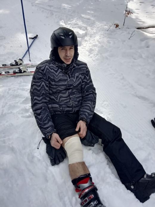 Закарпатські рятувальники допомогли киянину, який травмувався в Карпатах