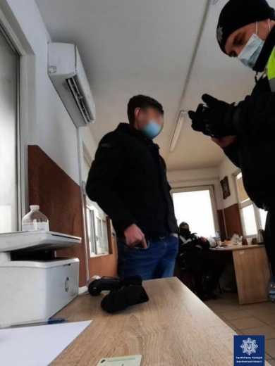 На Закарпатті затримали чоловіка, якого підозрюють у крадіжці