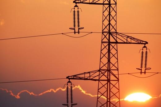 Уряд зберіг поточну ціну на електроенергію на рівні 1,68 грн