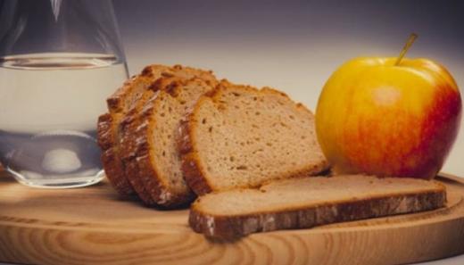 Піст та харчування: нутриціологиня розповіла, як не нашкодити організму