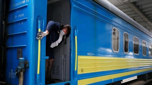 «Укрзалізниця» оновила інформацію щодо руху потягів у «червоних зонах»