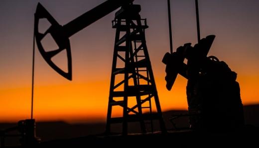 Нафта дорожчає через заблокований Суецький канал