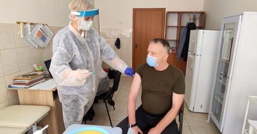 В Ужгороді вакцинували учасників АТО та Операції об'єднаних сил (ВІДЕО)