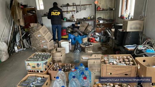 На Ужгородщині викрили підпільний цех: всі подробиці