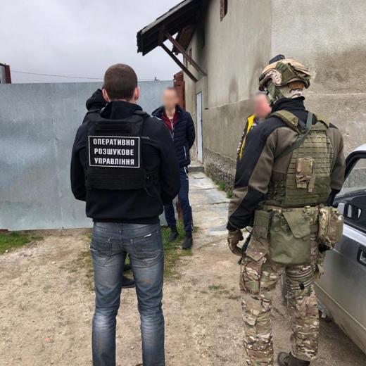 Мешканцю Виноградова оголошено підозру в переправленні нелегалів через кордон
