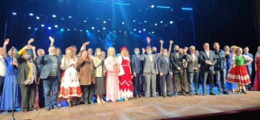 У Закарпатському обласному драмтеатрі відбулося відкриття  відреконструйованої великої сцени