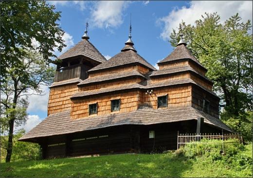 Закарпатські дерев'яні церкви тепер можна подивитись у 3D-турах (ВІДЕО)
