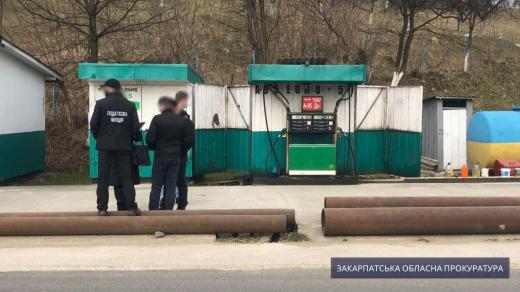 За клопотанням прокуратури Закарпаття суд арештував понад 5 тисяч літрів пального