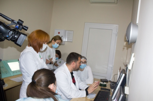 У медичному центрі Ужгорода провели новітнє дослідження плоду