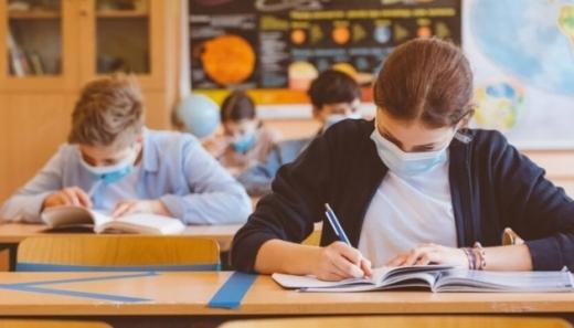 1 червня випускники складатимуть ЗНО з української мови та літератури
