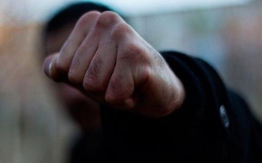 В Ужгороді нетверезий чоловік побив жінку в маршрутному автобусі