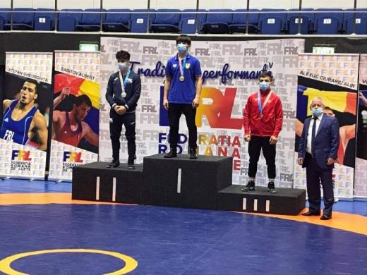 Закарпатський спортсмен здобув «золото» на міжнародному турнірі з греко-римської боротьби