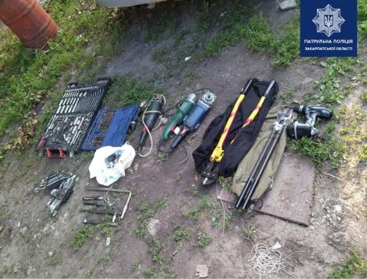 В Ужгороді двоє зловмисників намагалися здійснити крадіжку із гаражів