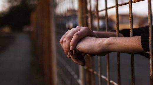 Неповнолітнього закарпатця засуджено до 10 років ув'язнення за зґвалтування