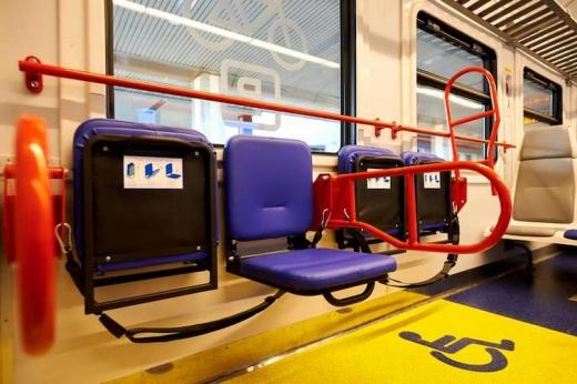 Укрзалізниця запускає першу в Україні інклюзивну електричку: як вона виглядає