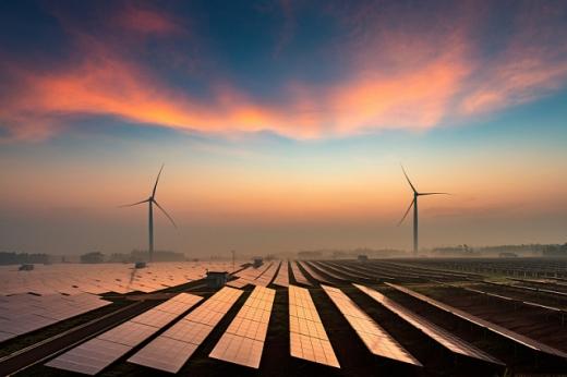 Європейський парламент затвердив 30 млрд євро для проектів у галузі відновлюваних джерел енергії