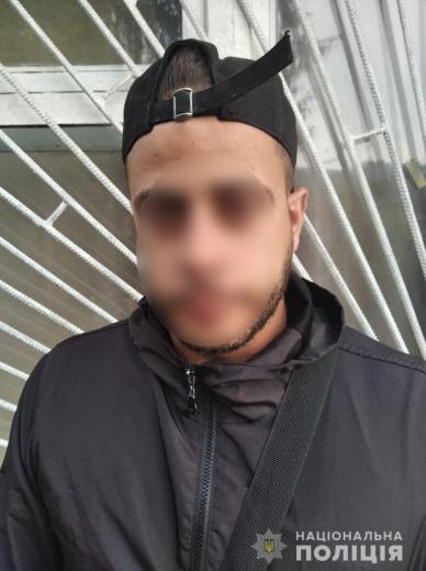На Закарпатті правоохоронці виявили 5 іноземців, які нелегально перебували на території України