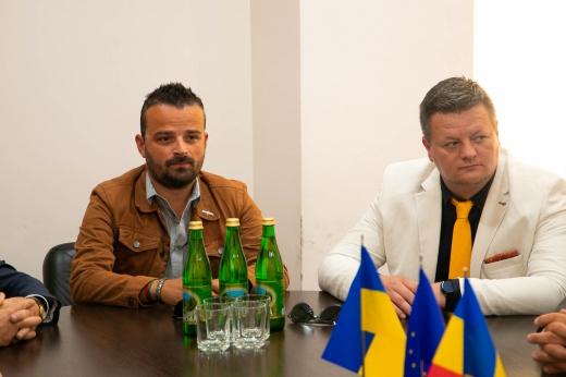 Ужгород підписав угоду про співпрацю із румунським містом Тиргу-Муреш