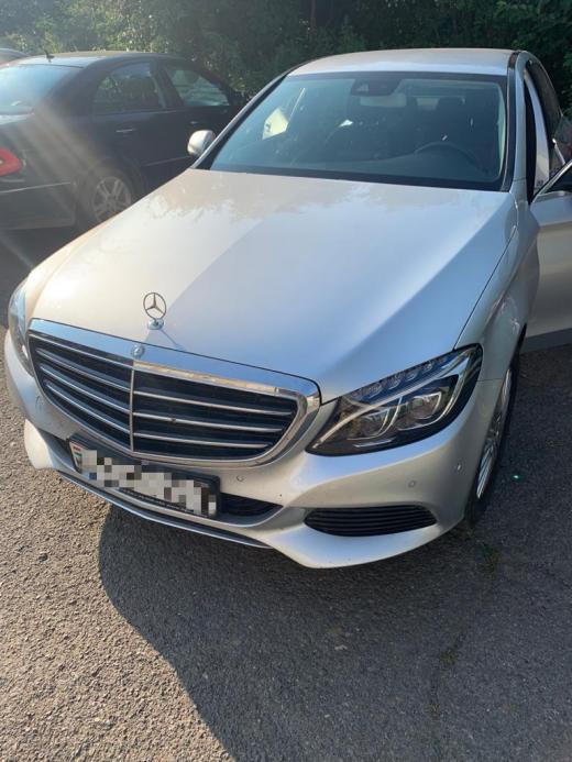 Викрадену в Австрії автівку знайшли на Закарпатті