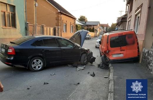 Патрульні виявили нетверезого водія, який вчинив ДТП у Мукачеві