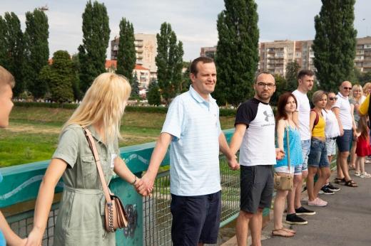 В Ужгороді встановили національний рекорд заради порятунку маленького закарпатця