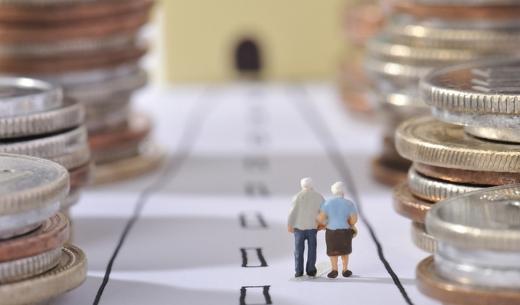 Українцям анонсували підвищення пенсій: для кого і коли зміняться виплати