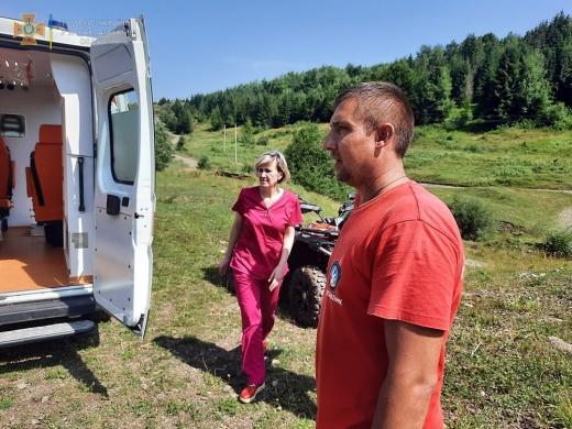 На горі Плай Мукачівського району стало зле 39-річному закарпатцю