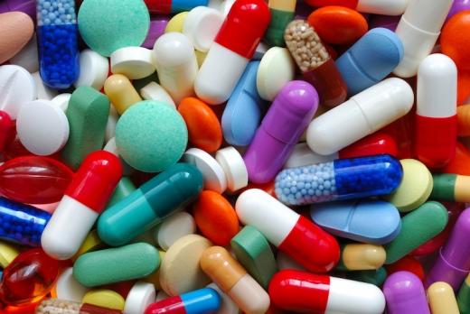 Президент заборонив продаж ліків дітям до 14 років