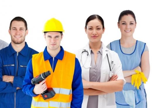 Як влаштуватися на роботу в Польщі легально і без ризиків?