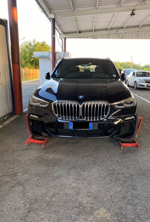 Викрадене в Італії авто виявили на кордоні з Угорщиною