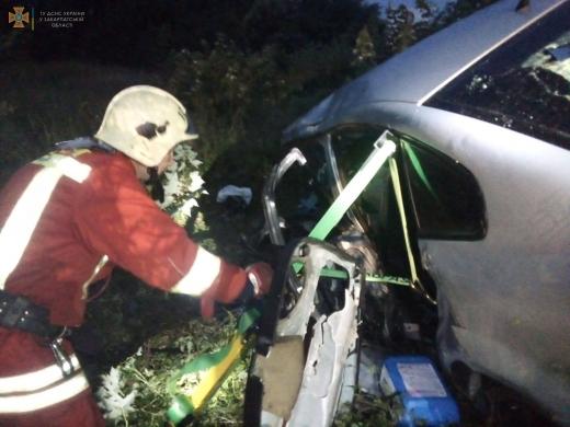 Автотроща на Закарпатті: один із водіїв загинув на місці