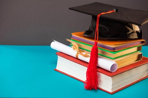Українців зможуть позбавляти ступеня бакалавра і магістра через плагіат