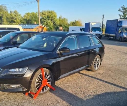 Викрадене в Чехії авто знайшли на Закарпатті