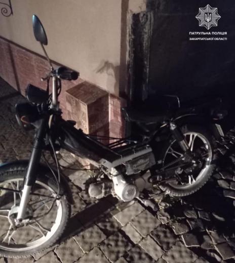 В Мукачеві нетверезий мотоцикліст порушував ПДР: подробиці