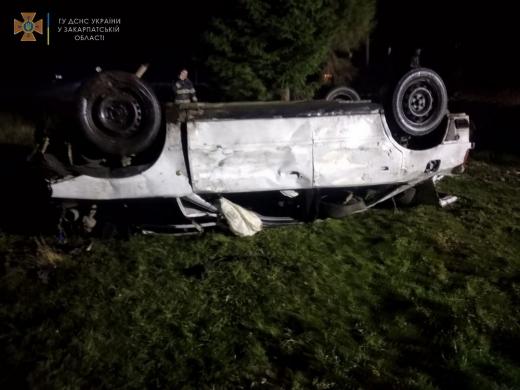 У дорожньо-транспортній пригоді на Хустщині загинула дитина, ще четверо осіб травмовані